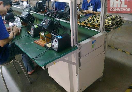Hệ thống băng tải lắp ráp điện tử do DOBACO phân phối